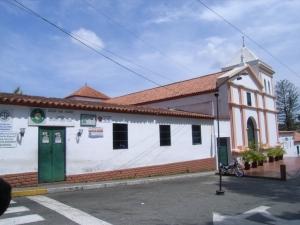 Iglesia Santa Rosalia El Hatillo