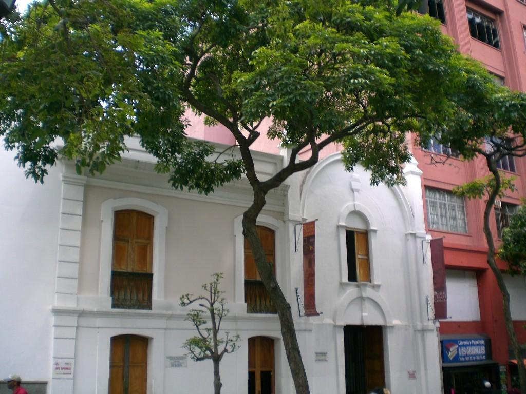 Museo Sacro de Caracas - Ciberturista